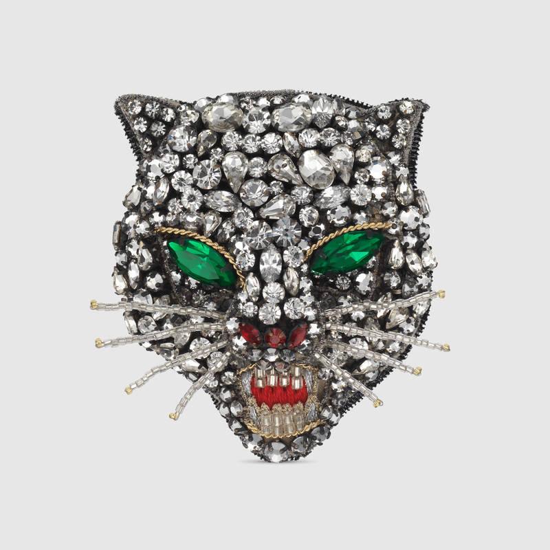 Crystal cat head brooch (1)